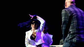 Alexis Y Fido - Contéstame el Teléfono Live (Calibash 2012)