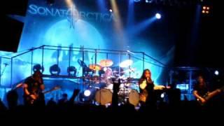 Sonata Arctica - Fullmoon(Live in Budapest)