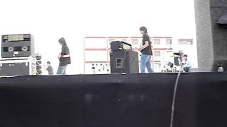 she builds quick machines  cover(zest 2009)