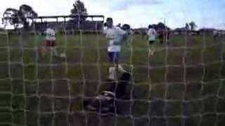 Gol de mão do Fher Costa no Atlântida Rock Gol - 12/11/06