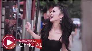 Selvi Kitty - Cintaku Sekuat Tiang Listrik (Official Music Video NAGASWARA) #music