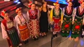 Нели Петкова - Брала мома ружа цвете (Brala moma ruzha cvete)