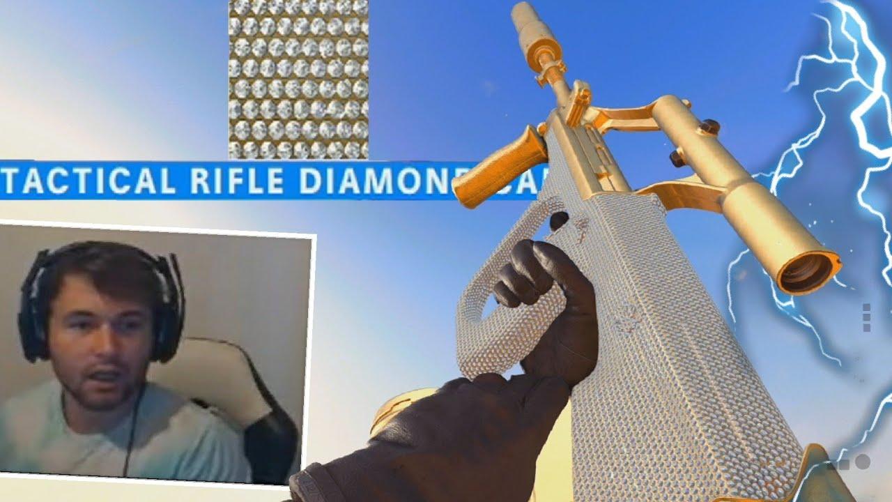 Hamii - Unlocking DIAMOND TATICAL RIFLES in Black Ops Cold War!