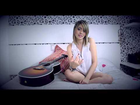 Mirrors de Bruna Rocha Letra y Video