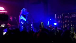 Sabrina Carpenter – Beautiful (cover) & We'll Be the Stars (live at The EVOLution Tour)