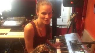"""Chick in studio sings and plays piano- raw lo-fi cover, Alicia Keys, """"In Common"""""""