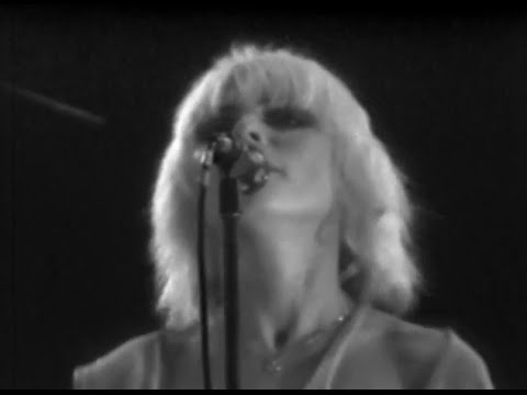 blondie-heart-of-glass-7-7-1979-convention-hall-official-blondie-on-mv