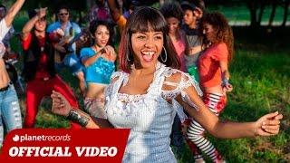 LARITZA BACALLAO - El Estrés / Solo Se Vive Una Vez (Video Oficial HD)