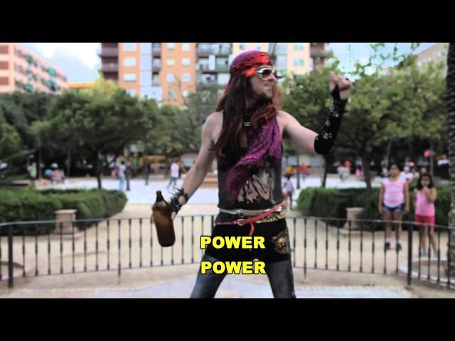 """Videoclip oficial de la canción """"Heroes del Power"""" de Gigatron."""