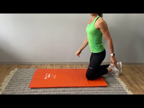 Push-up tips from Discovery Vitality's biokineticist Mari Leach | Vitality at Home