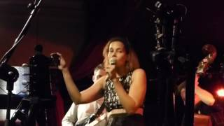 Rhiannon Giddens - S'iomadh Rid The Dhith Om / Ciamar a ní mi'n dannsa díreach Whelans Apr 2017