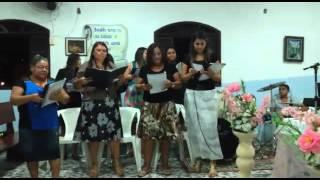Continue dando glória que Deus te dá a vitória. Irmãs da igreja pentecostal milagres sagrados. RJ -