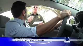 ¿Qué hacer cuando un oficial nos detiene manejando?