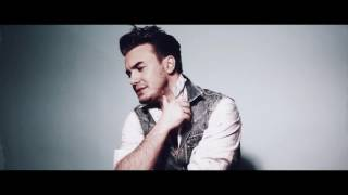Mustafa Ceceli -  Photo Backstage