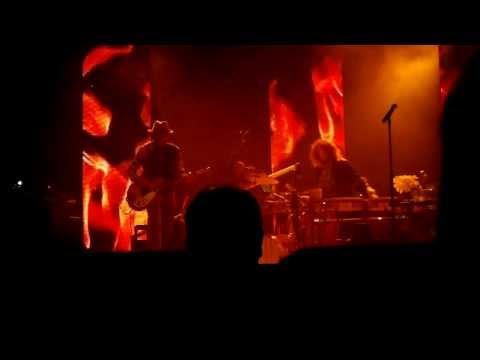 johanna-kurkela-valoihminen-live-mssupercherie