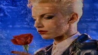 Eurythmics - Winter Wonderland (Music Video)