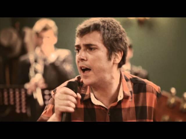 Vídeo musical de 'Turnedo', de Iván Ferreiro.