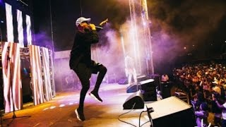 AKA PERFORM ROLL UP LIVE AT  LIGHTS SWITCH-ON IN CAPE TOWN