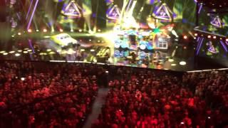 "AMA's Fergie ""LA Love (La La)"" live from my seat (full HD)"