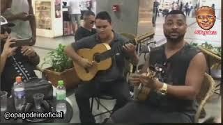 Vou Pro Sereno faz samba no aeroporto | O Pagodeiro