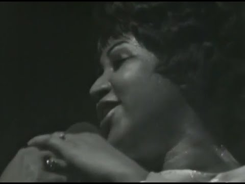 aretha-franklin-love-the-one-youre-with-3-7-1971-fillmore-west-official-aretha-franklin-on-mv