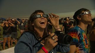Americans awestruck by rare total solar eclipse