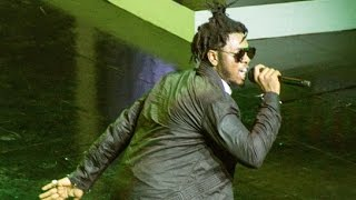 Runtown - Performs 'Mad Over You' @ the VGMAs 2017 | Ghana Music.com Video