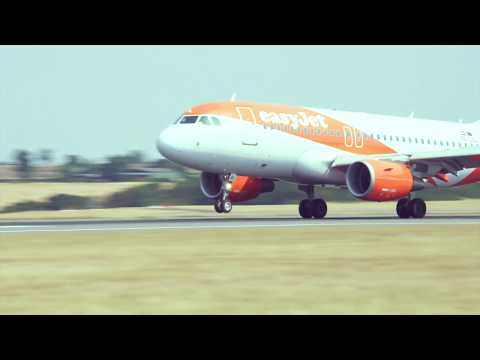 Plane Spotting at London Luton Airport
