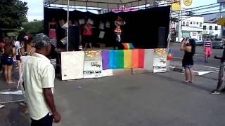 Minerva Lofty- Parada gay Feira de Santana 2013- Love by Grace ao vivo.