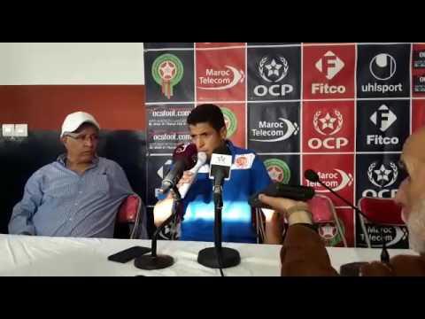 Ambiance festive à la conférence de presse d'après-match WAC-OCS