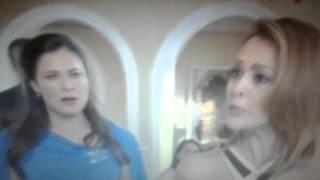 Simplemente Maria - Vanessa cachetea a Karina