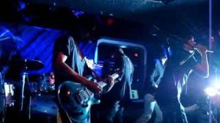 Lips Like Morphine - She Dances (Live)
