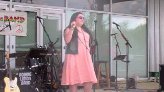 Amanda Ortiz: So Close- Live Performance!