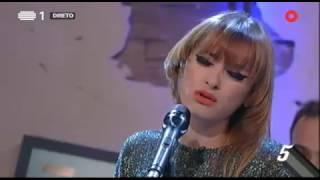 """Amor Electro - """"Perfume de mulher""""  - 5 Para a Meia-Noite"""
