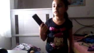 Sophia Taquarituba Cantando: Papagaio Loiro