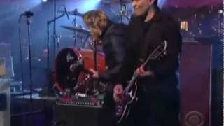 Foo Fighters ft. Joan Jett - Bad Reputation [Live at Letterman]