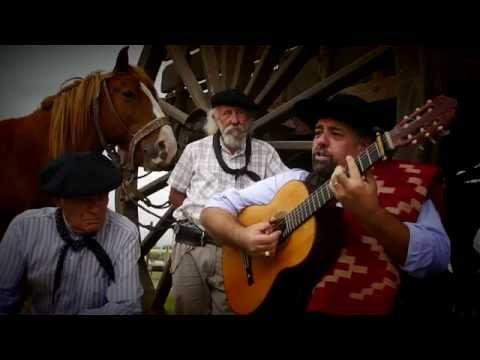 Atando Recuerdos de Marcelo Miraglia Letra y Video