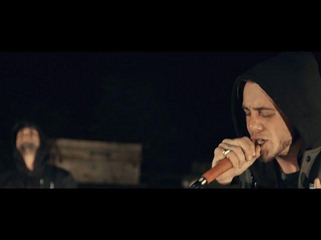 "Vídeo oficial de ""Hollow"" de Heart Of A Coward"