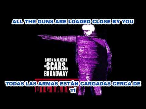 Guns Are Loaded En Espanol de Scars On Broadway Letra y Video