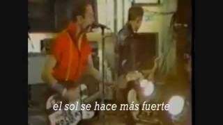 the clash- london calling (subtitulos en español)