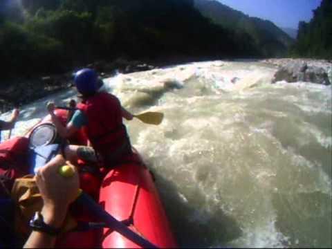 8 Go Rafting in Nepal