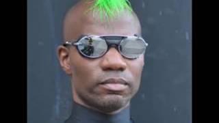 UFOs - Green Velvet