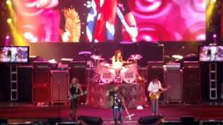 "Lynyrd Skynyrd ""Gimme Three Steps"" @ Kid Rock 4th of July 2009"