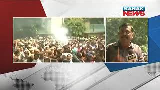Delhi MCD workers protest outside CM Kejriwal's house