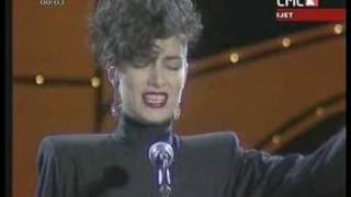 Doris Dragovic-Dajem ti srce (Official music video)
