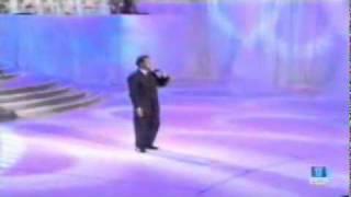 YouTube   Julio Iglesias   Esta Cobardia  Monica Bellucci