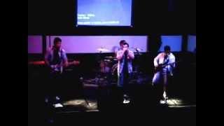 Kings of Leon - Use Somebody Cover (Serro Vortente) (Blackmore Rock Bar)