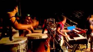Junior percussa. (Chupando dedo) forro vumbora