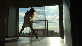 Dancing to William Singe's Let Me Love You (DJ Snake x Justin Bieber x Mario Mashup)