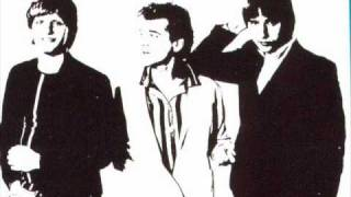 SCREEN TEST-  Back Into My Heart  (live in Utica 1982)